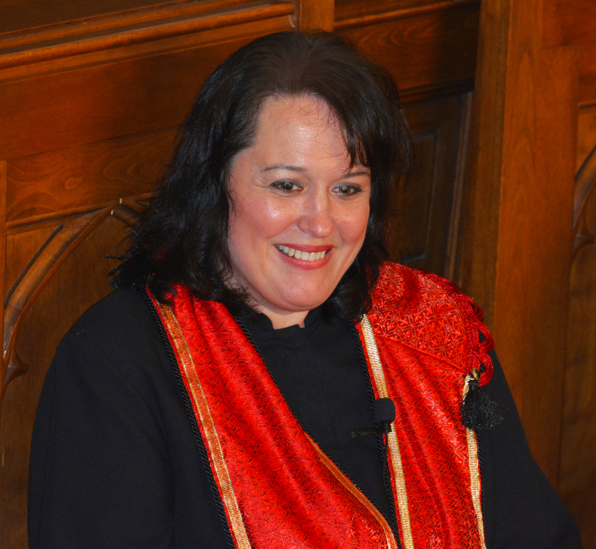 Storming the Gates – Leah Hidde-Gregory Installed as Central